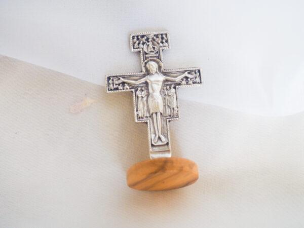 Franciscan cross on base